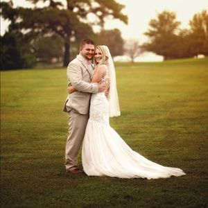 Dresses & Skirts - Galina Signature Wedding Dress